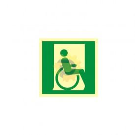 Drzwi ewakuacyjne dla niepełnosprawnych w prawo
