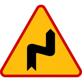 A-3 Niebezpieczne zakręty - pierwszy w prawo - znak ostrzegawczy