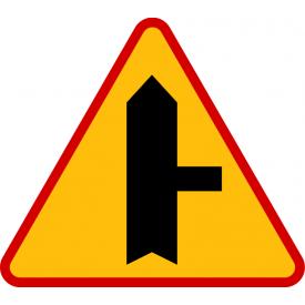 A-6b skrzyżowanie z drogą podporządkowaną występującą po prawej stronie - znak ostrzegawczy