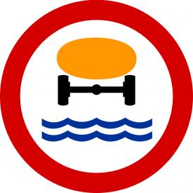 B-14 Zakaz wjazdu pojazdów z towarami, które mogą skazić wodę - znak drogowy zakazu